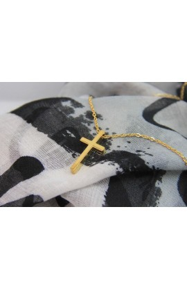 SMALL GEOMETRIC CROSS NECKLACE GOLD PLATED